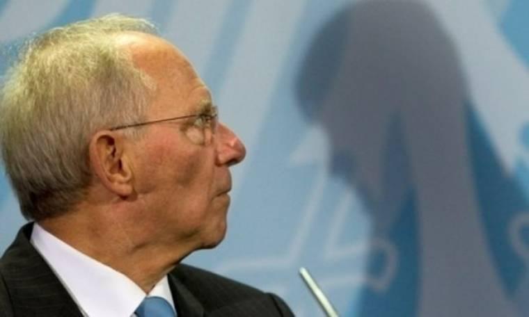 Σόιμπλε: Δεν υπάρχουν συζητήσεις για αναδιάρθρωση του Ελληνικού χρέους