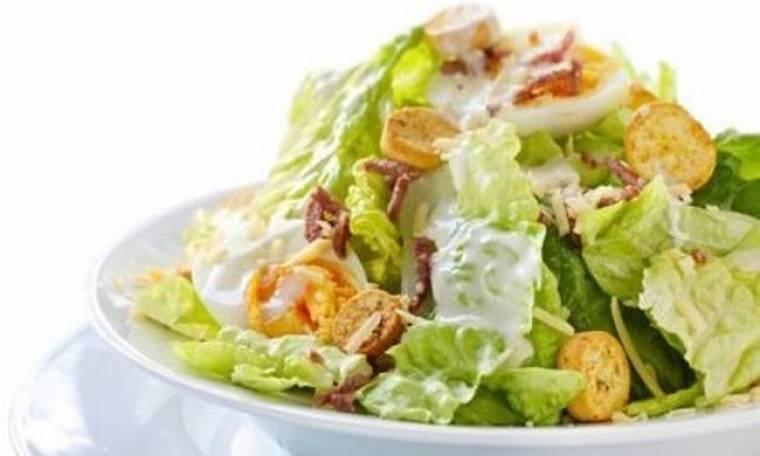 Γρήγορη και εύκολη Caesar's salad