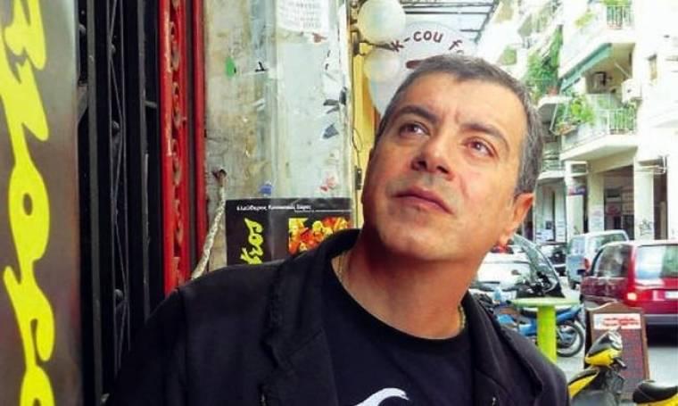 Σταύρος Θεοδωράκης: «Δεν φλερτάρω εγώ με την πολιτική αλλά αυτή μαζί μου»