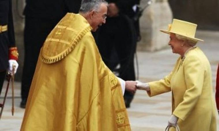 Βασίλισσα Ελισάβετ: «God save the queen»