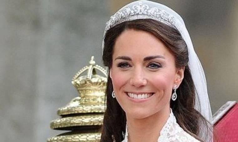 Bobbi Brown: επίτιμη καλεσμένη στον πριγκιπικό γάμο