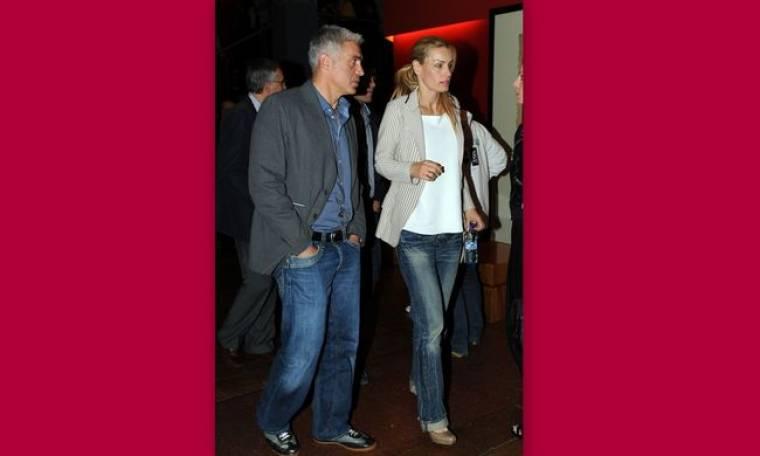 Αντώνης Νικοπολίδης: Με την σύζυγό του στο θέατρο