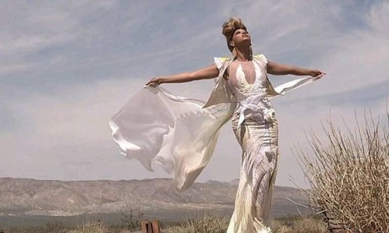 """Η Beyonce παρουσιάζει το """"4"""""""