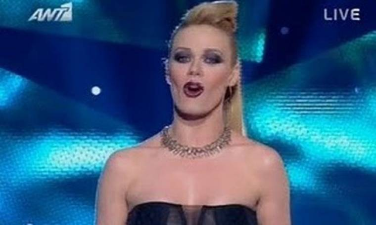 VIDEO: Πιο σέξι από ποτέ εμφανίστηκε η Ζέτα Μακρυπούλια στο «Dancing with the stars»