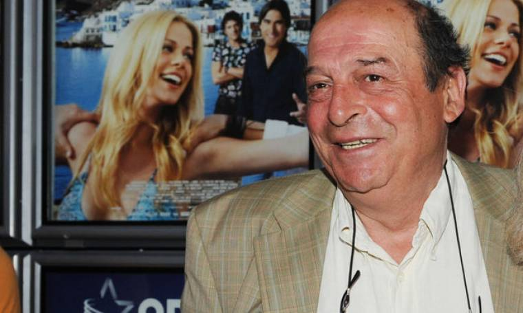 Μανούσος Μανουσάκης: «Τα ελληνόπουλα μεγαλώνουν με παραστάσεις μαγειρικής»