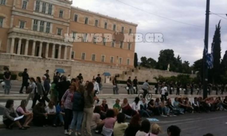 Συγκέντρωση διαμαρτυρίας των βρεφονηπιοκόμων