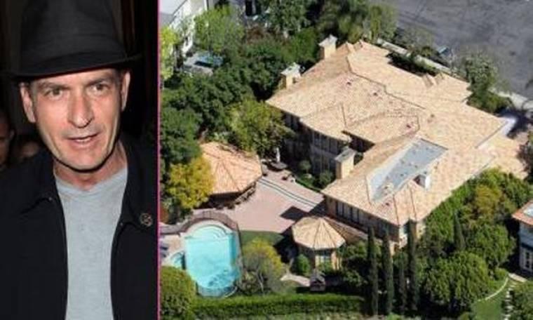 Ο Charlie Sheen πουλά το σπίτι του