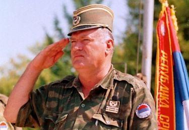 Ράτκο Μλάντιτς: Ήρωας ή χασάπης;