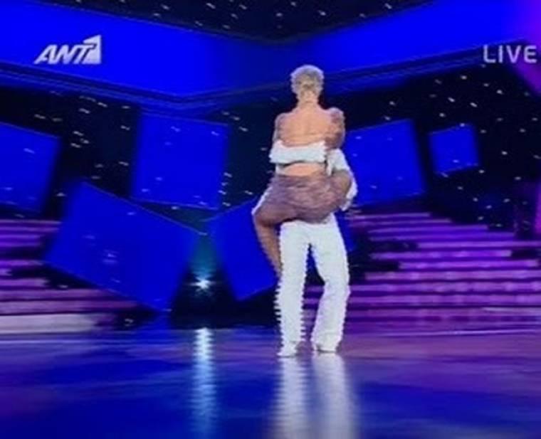 Video: Ο καυτός χορός της Μελέτη!