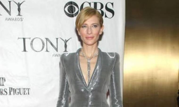 Οι Αυστραλοί είναι θυμωμένοι με την Cate Blanchett