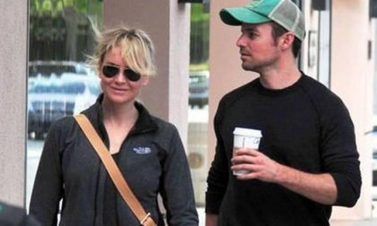 Η Renee Zellweger έξαλλη με τον Bradley Cooper