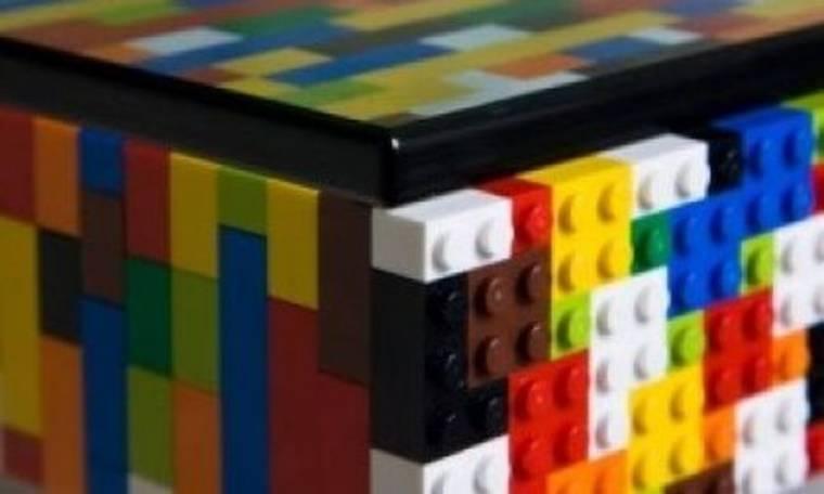 Τραπέζι από Lego