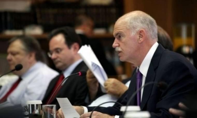 Το πιο κρίσιμο υπουργικό με φόντο την «αγανάκτηση» στην κοινωνία και στο ΠΑΣΟΚ