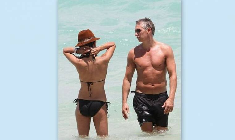 Διακοπές στο Μαϊάμι για τον Γκάρι Λίνεκερ και την «καυτή» σύντροφό του