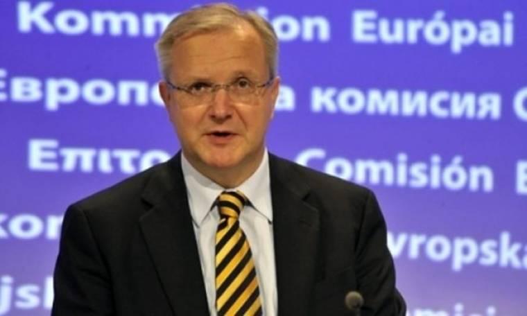 Όλι Ρεν: H Κομισιόν έτοιμη να εξετάσει την έκδοση ευρωομολόγου