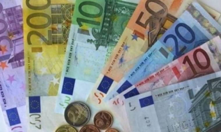 Θέλουν τραπεζικές συγχωνεύσεις για να εξασφαλίσουν επιμήκυνση του χρέους