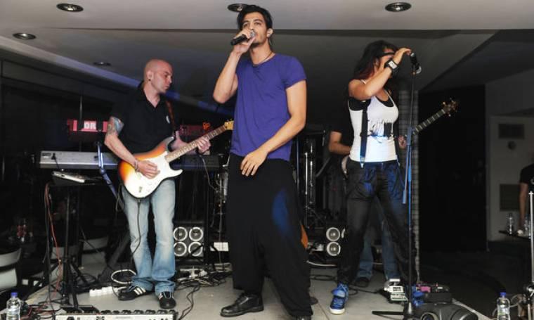 Τα έσπασε … on stage ο Δήμος Αναστασιάδης