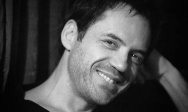Θάνος Καλλίρης: Θα τραγουδήσει στο μαγαζί του κολλητού του