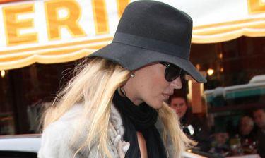 Το νυφικό της Kate Moss αποκαλύφθηκε