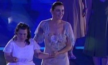 Video: Η συγκινητική εμφάνιση της Μαρία Ναυπλιώτου στην τελετή λήξης των Special Olympics