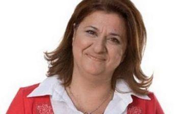 Ελισάβετ Κωνσταντινίδου: Γράφει βιβλίο