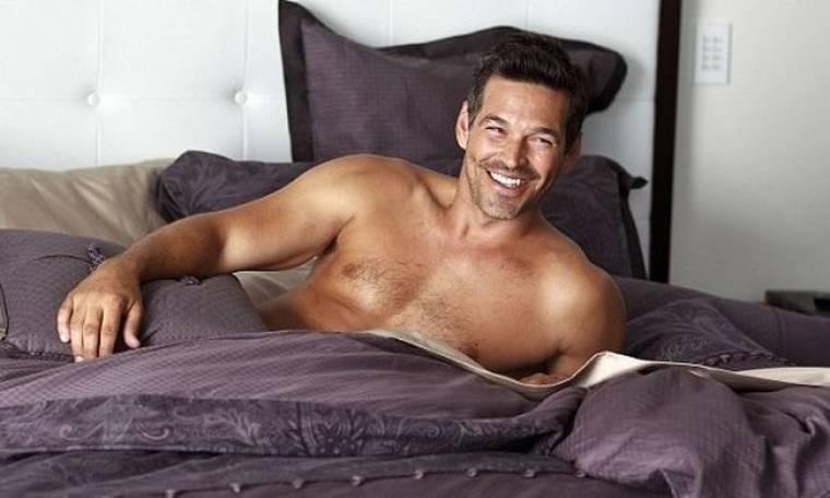 Στο… κρεβάτι με τον Eddie Cibrian