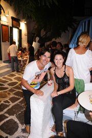 Νικ Γιαννόπουλος: Διακοπές στο Νησί των Ανέμων