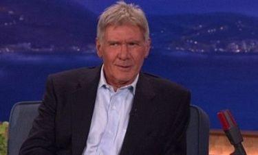 Video: Ο Harrison Ford εναντίον των Στρουμφ!