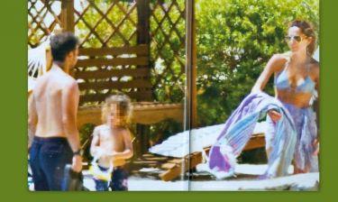 Βανδή- Νικολαΐδης: Στη Κεφαλονιά με τα παιδιά τους