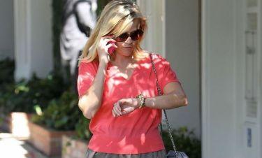 Reese Witherspoon: Τρέχει και δεν φτάνει