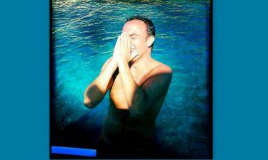Όταν ο Νίκος Αλιάγας γυρίζει…  την Ελλάδα (φωτό)
