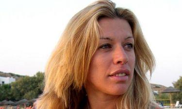 Στη Ρόδο για τον γάμο του αδερφού της η Έρρικα Πρεζαράκου