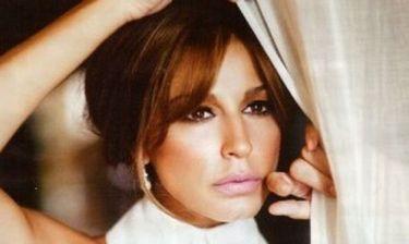 Κατερίνα Παπουτσάκη: «Στην νέα μου ταινία υποδύομαι την... φιλεναδίτσα του υπουργού»