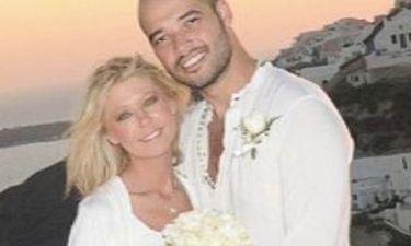 Παντρεύτηκε η Tara Reid στην Σαντορίνη