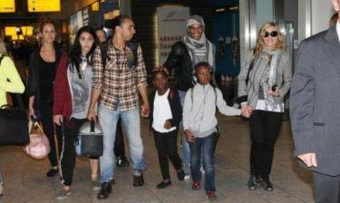 Madonna: Ταξίδι με τα παιδιά, τον πρώην και τον νυν της!