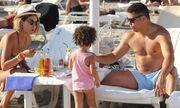 Ο Ronaldo στην Ίμπιζα με την οικογένειά του (φωτό)