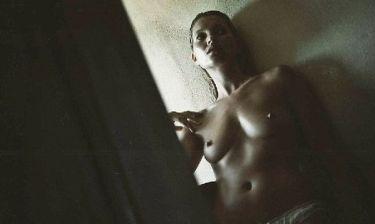 Νέα γυμνή φωτογράφηση για την Kate Moss