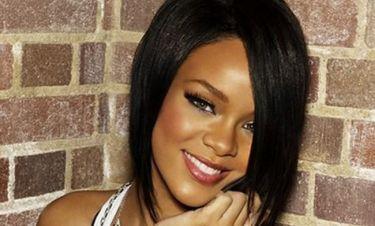 Rihanna: Από Σαντορίνη στο Saint Tropez