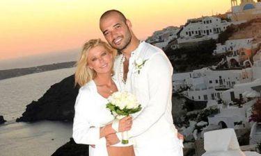 Tara Reid: Επέλεξε την Σαντορίνη για να παντρευτεί