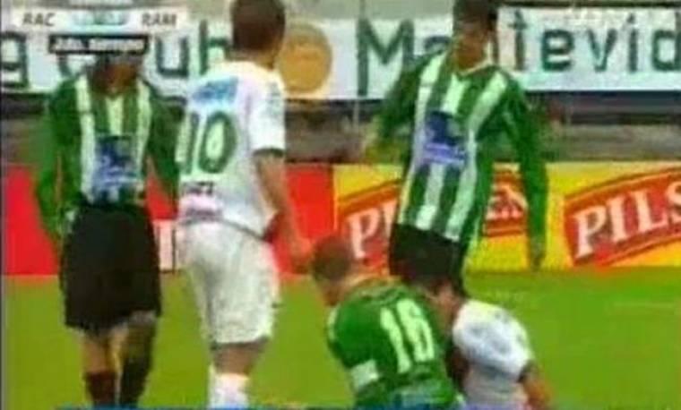 Video: Ποδοσφαιριστής δάγκωσε… αντίπαλό του