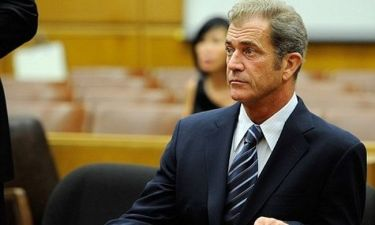Mel Gibson: Θα πληρώσει 750.000 δολάρια στην πρώην του