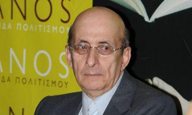 Μάνος Ελευθερίου: «Oι Έλληνες είμαστε πια με τη θηλιά στο λαιμό»