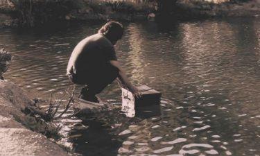 Video: Μάνος Πυροβολάκης: Πήρε την βαλίτσα του και…