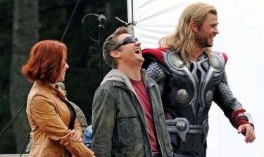 The Avengers: Η Scarlett και οι άντρες της