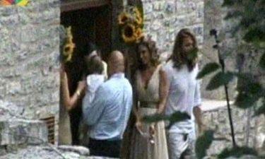 Video: Καρέ-καρέ η «μυστική» βάφτιση της κόρης της Κατερίνας Λάσπα