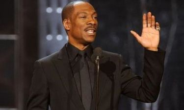 Οριστικά παρουσιαστής των Oscars ο Eddie Murphy
