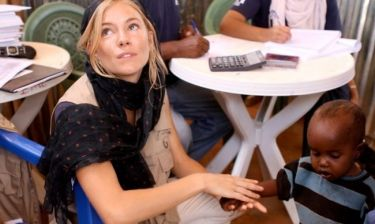 Η Sienna Miller στην Αιθιοπία