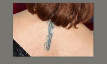 Σε ποια σταρ ανήκει αυτό το tattoo;