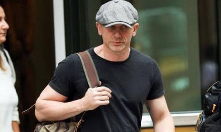 Ο Daniel Craig πλέκει το εγκώμιο της Rooney Mara