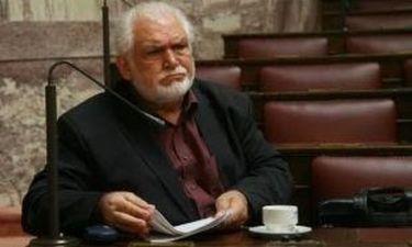 Κώστας Καζάκος: «Ας σηκωθεί ο κόσμος από τον καναπέ και την τηλεόραση»